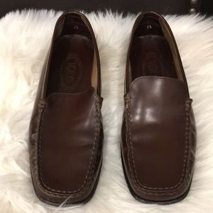 Tods leather loafers.8.5